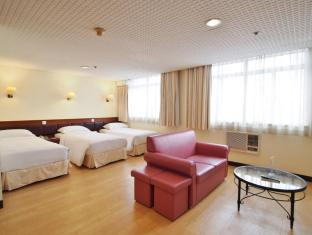 Caritas Lodge Hong Kong - Triple Room with 3 Single Beds