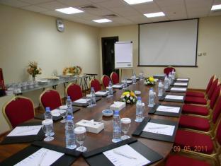 Grand Continental Flamingo Hotel Abu Dhabi - Meeting Room