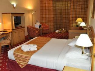 Grand Continental Flamingo Hotel Abu Dhabi - Junior Suite