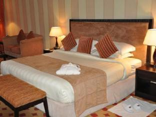 Grand Continental Flamingo Hotel Abu Dhabi - Club Junior Executive