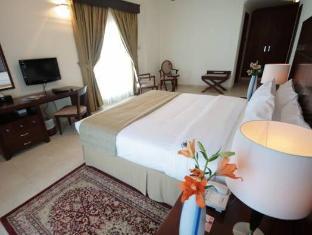 Rose Garden Hotel Apartments Al Barsha Dubai - Master Bedroom in 1 & 2 Bedroom