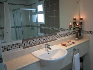Rose Garden Hotel Apartments Al Barsha Dubai - Bathroom