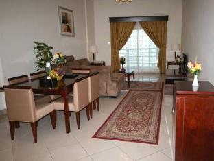 Rose Garden Hotel Apartments Al Barsha Dubai - Living & Dining Room