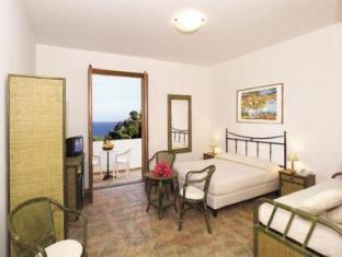 Residence Hotel Baia Portinenti