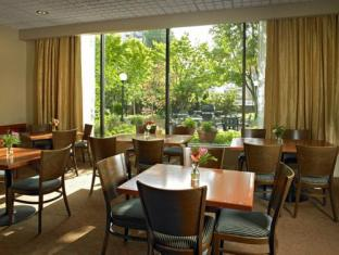Residence Inn by Marriott Vancouver Downtown Vancouver (BC) - Restaurant