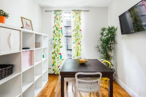 La Casa De Mis Primos ROSY New York