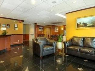 Ramada Limited Richmond (BC) - Lobby