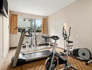 Ramada Limited Richmond (BC) - Fitness Room