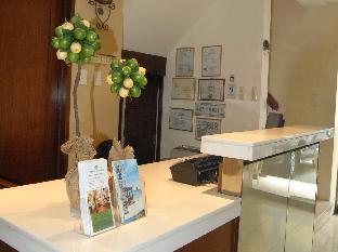 picture 3 of Lemon Tree Inn