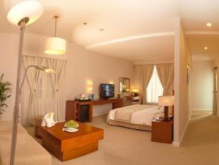 Catina Saigon Hotel Ho Chi Minh City - Suite Room