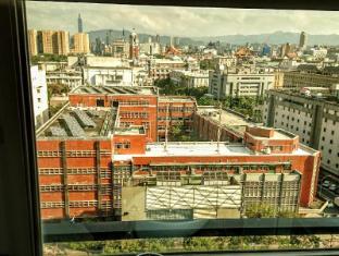 Burgary Hotel Taipei - Uitzicht