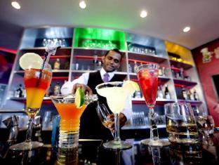 Thistle Johor Bahru Hotel Johor Bahru - The Hive Bar
