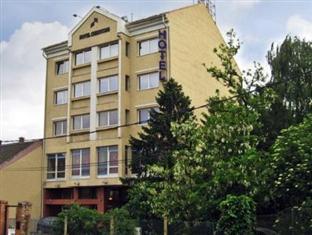 /nb-no/hotel-chesscom/hotel/budapest-hu.html?asq=jGXBHFvRg5Z51Emf%2fbXG4w%3d%3d