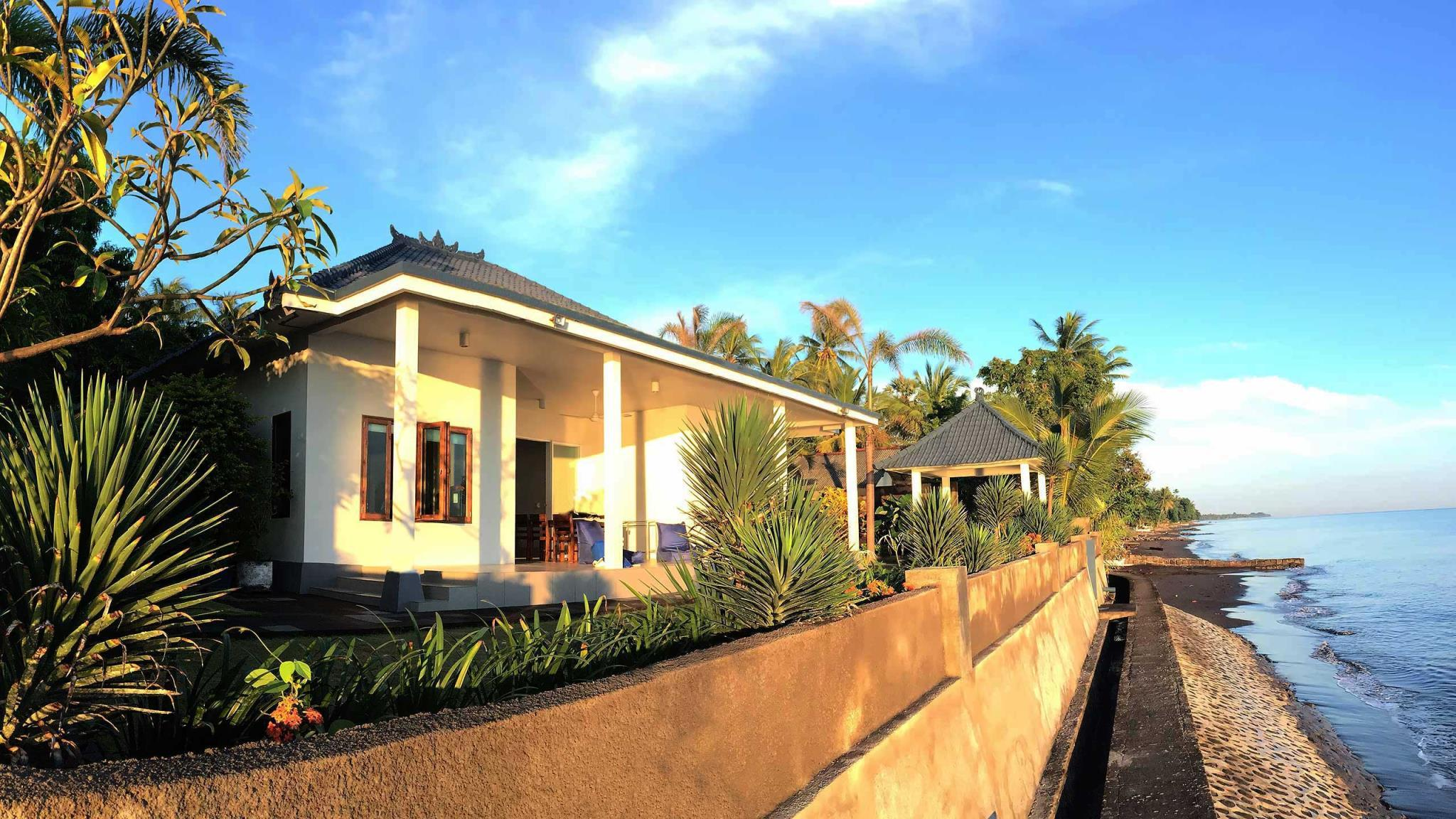 Air Sanih Beach Villa