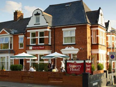 Stracey Hotel