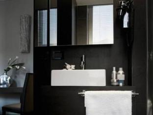 Twenty One Hotel Rome - Bathroom