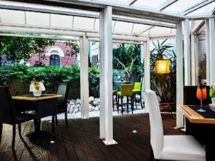 Twenty One Hotel Rome - Balcony/Terrace