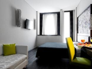 Twenty One Hotel Rome - Guest Room