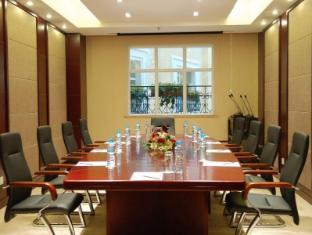 Oriental Bund Hotel Shanghai - Meeting Room