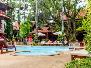 Royal Phawadee Village Patong Beach Hotel Phuket - Piscine