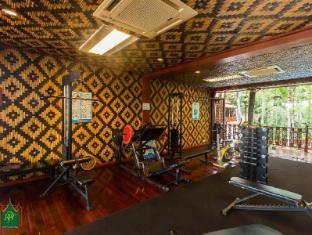 Royal Phawadee Village Patong Beach Hotel Phuket - Gym
