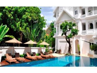 Ping Nakara Boutique Hotel and Spa Chiang Mai - Schwimmbad