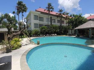 Harrads Hotel and Spa Bali - Swimming Pool