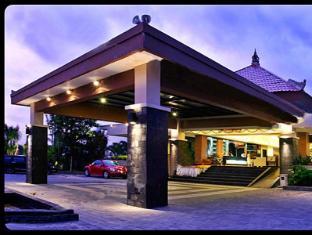 Harrads Hotel and Spa Bali - Harrads 1 entrance lobby