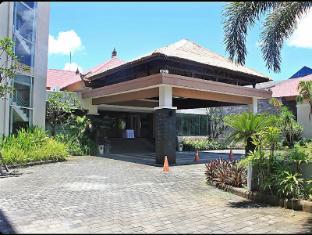 Harrads Hotel and Spa Bali - Harrads 1 lobby entrance