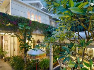 Frangipani Villa-60s Hotel Phnom Penh