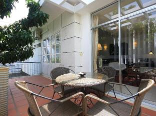 Frangipani Villa-60s Hotel Phnom Penh - Terrace