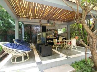 Frangipani Villa-60s Hotel Phnom Penh - Lounge