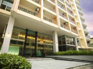 골든 펄 호텔 방콕 - 호텔 외부구조