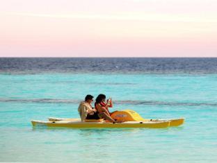 Centara Grand Island Resort & Spa All Inclusive Maldives Islands - Beach