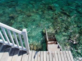 Centara Grand Island Resort & Spa All Inclusive Maldives Islands - Guest Room