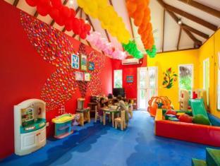 Centara Grand Island Resort & Spa All Inclusive Maldives Islands - Kid's club