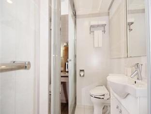 Li Yuan Hotel Taipei - Bathroom