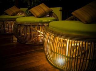 Surintra Resort Phuket - Fuajee