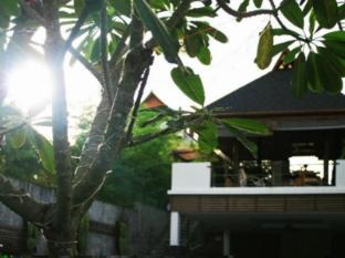 Surintra Resort Phuket - Hotellet udefra