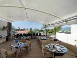 Absolute Bangla Suites Hotel Phuket - Restaurant