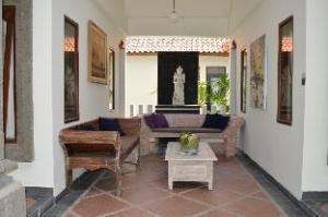 Kelapa Guest House Jimbaran
