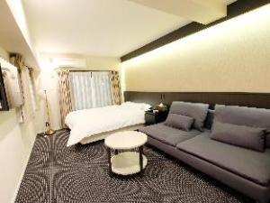 N Nagahori Apartments