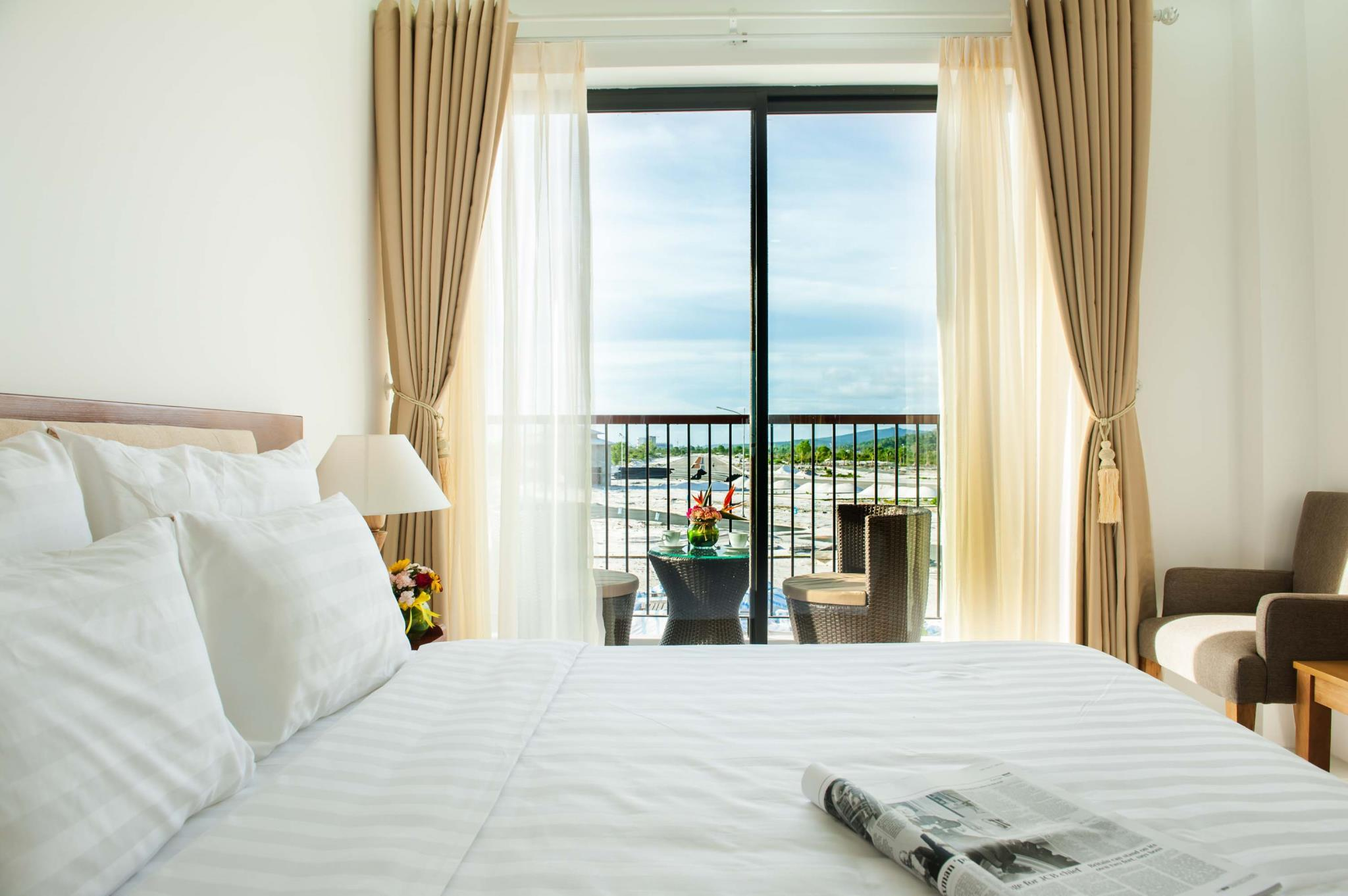Amon Beach Hotel