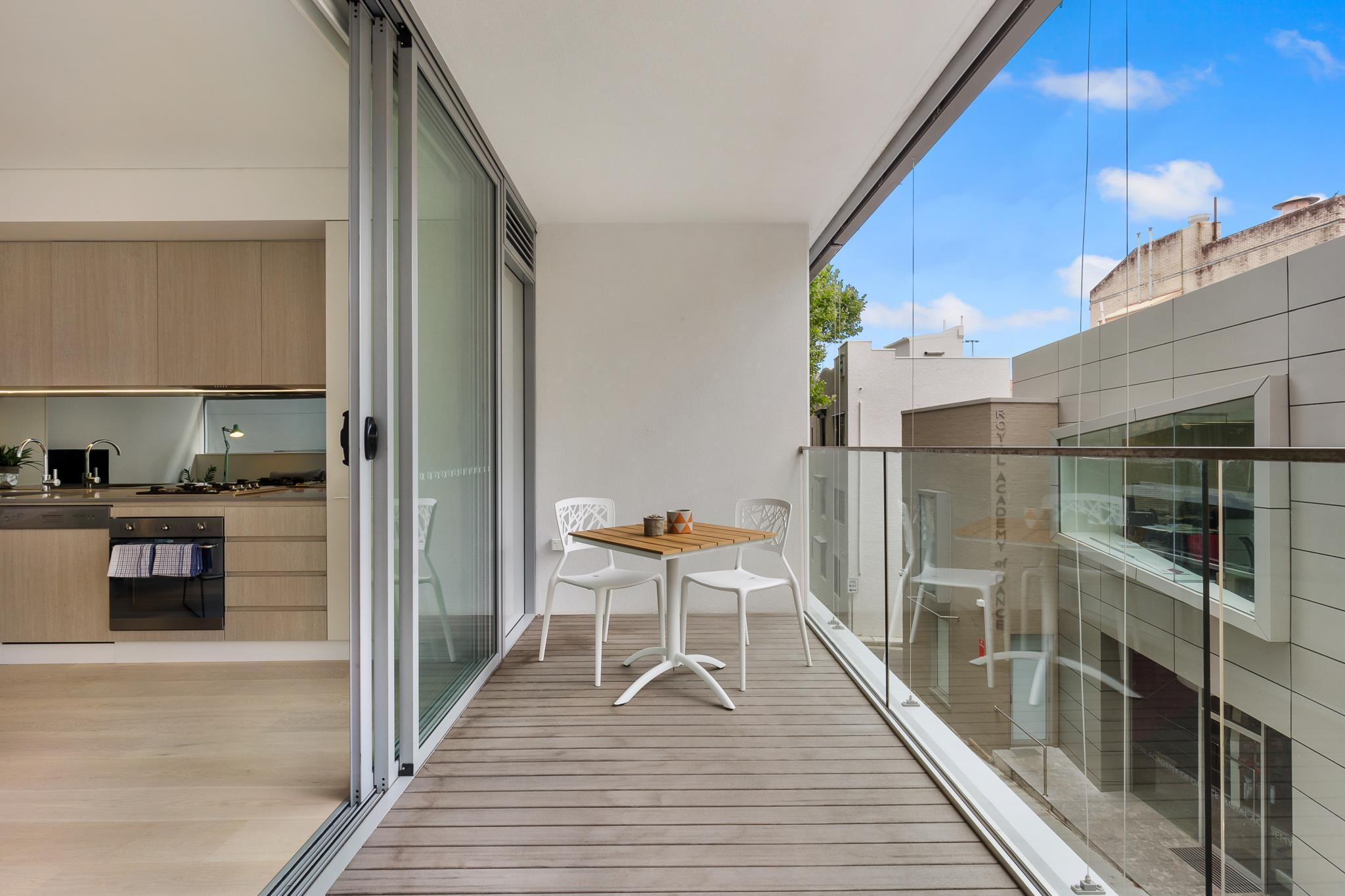 Darlinghurst Furnished Apartments 104 Farrell Avenue
