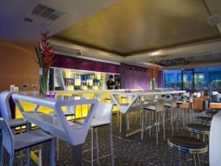 M Hotel Singapur - Restaurace