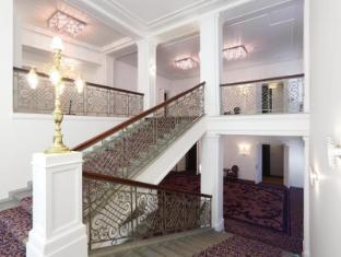 Hotel Kings Court Prague - Corridor