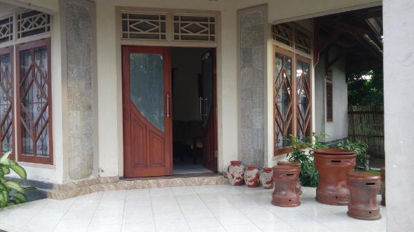Bale Kekeri Lombok