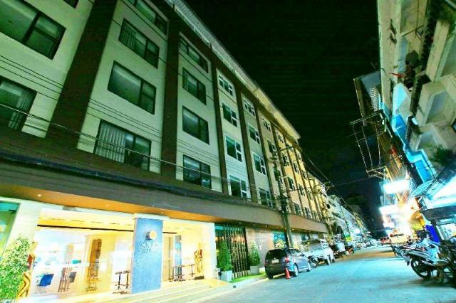 โซลิส บีช รีสอร์ต – Longma Pattaya Hotel