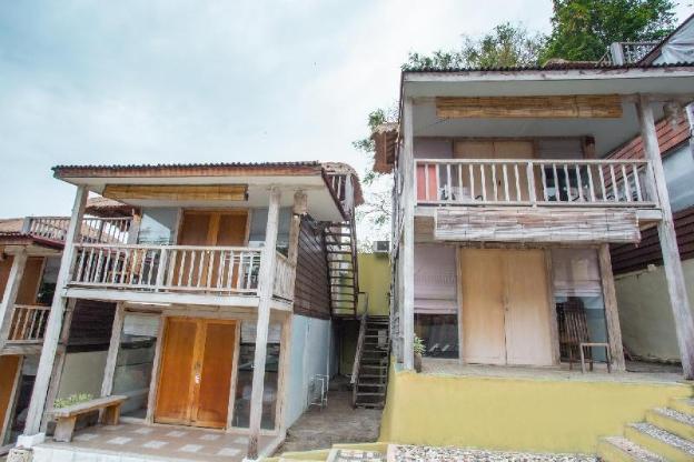 OYO 1215 Tree House Villa