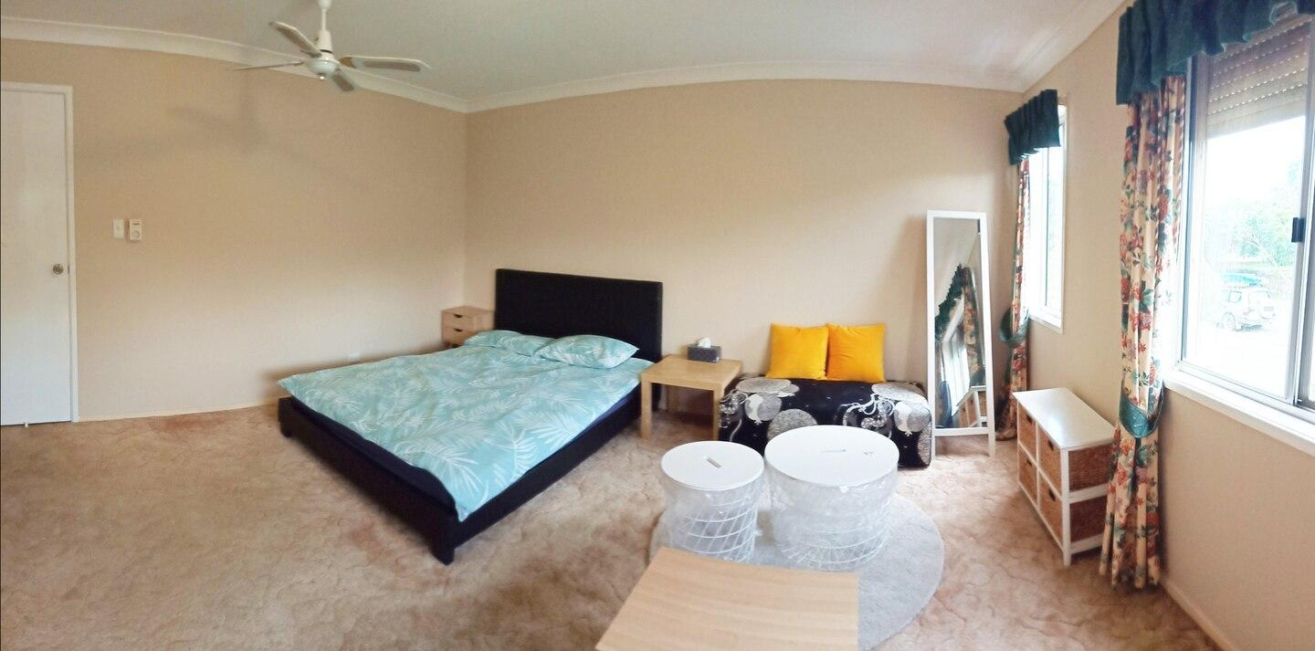 Master room in good location Cp05